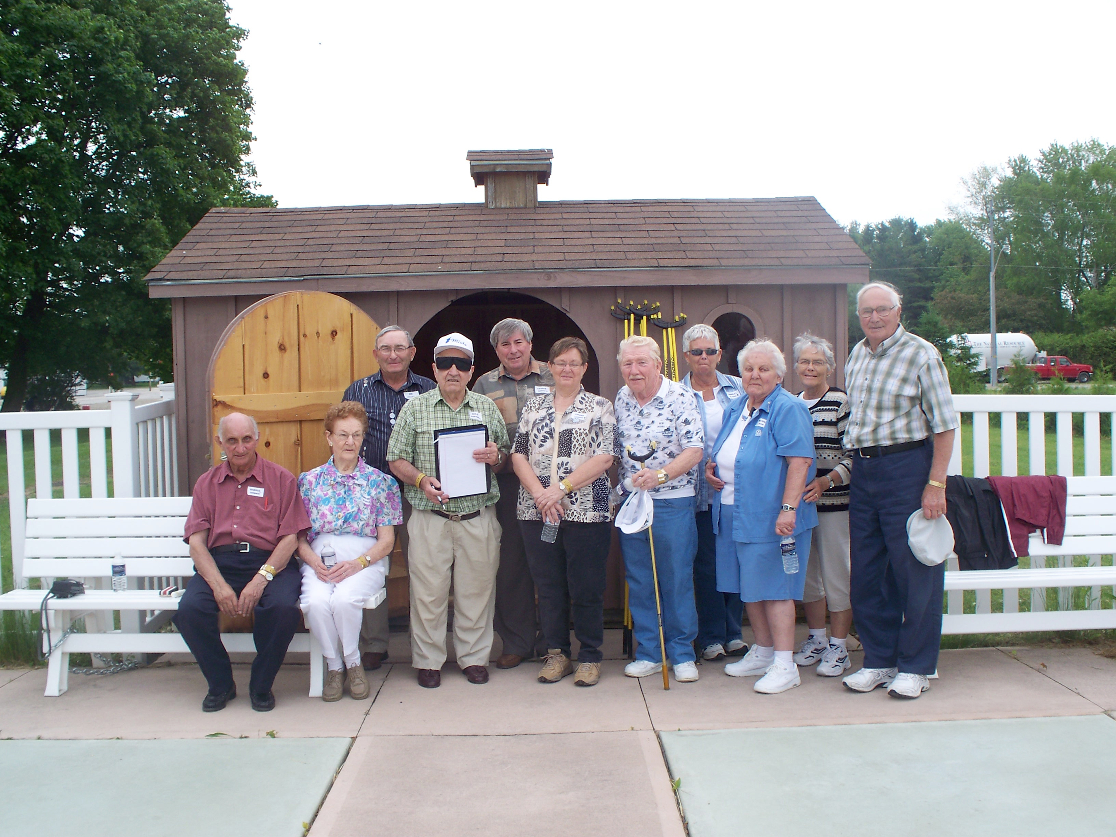 Minto Mayor George Bridge (back row, centre) is pictured with participants and organizers of the Minto Retirees Activities Group Seniors Olympics.